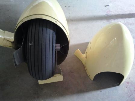 Vans RV-3B Left Main Gear wheel Tire Pant Skirt