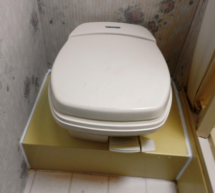 Thetford Toilet Overhaul - JdFinley.com
