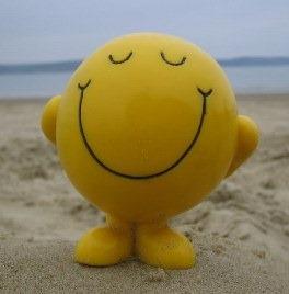 SmileyOnBeachx.jpg