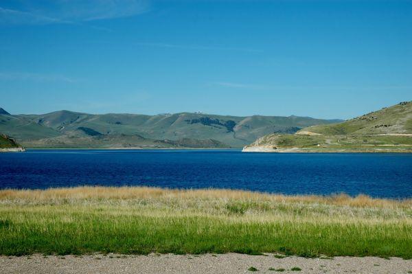 Newmar Dutch Star Clark Canyon Reservoir Beaverhead River campground