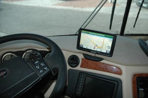 Garmin Dezl 760LMT GPS RV Motorhome