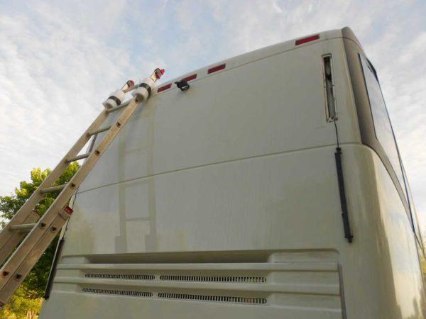 Missy 1998 MCI 102-EL3 coach backup camera video marker lights seal water intrusion