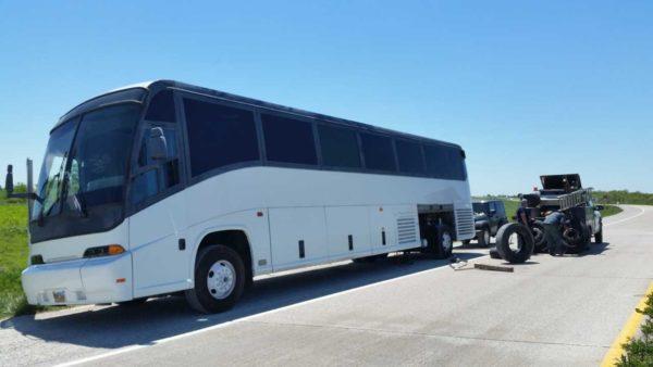 Missy 1998 MCI 102-EL3 coach bus conversion tire blowout