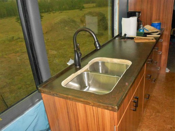 kitchen sink bus conversion Missy MCI coach