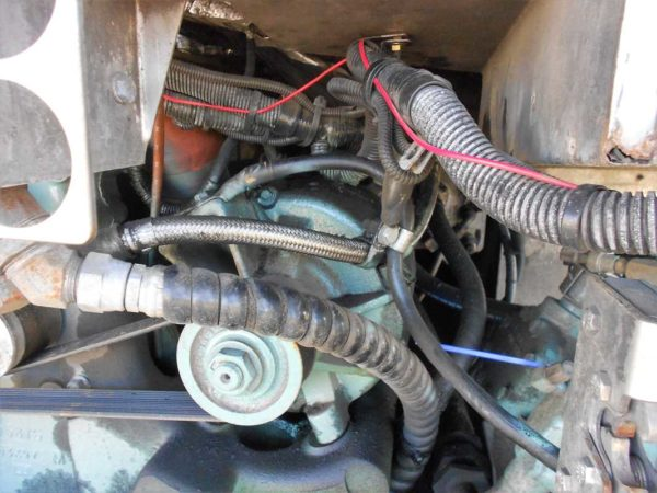Missy MCI Detroit Diesel 60 series delco 50DN alternator oil lubrication cooling hose