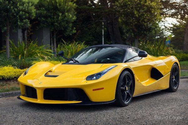 Ferrari LaFerrari Aperta Yellow